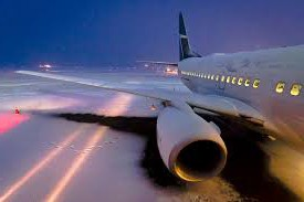 airplane snow